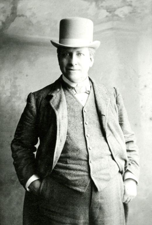 HULME William Barry : Death notice